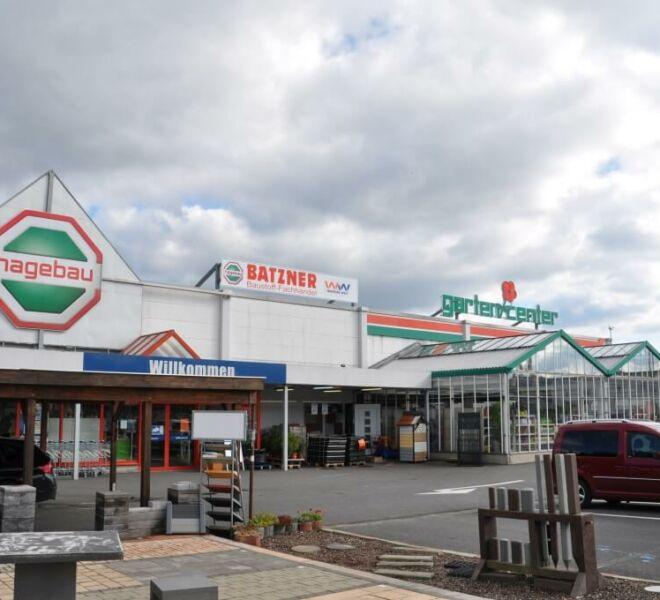 batzner-standort-zella-mehlis-parkplatz